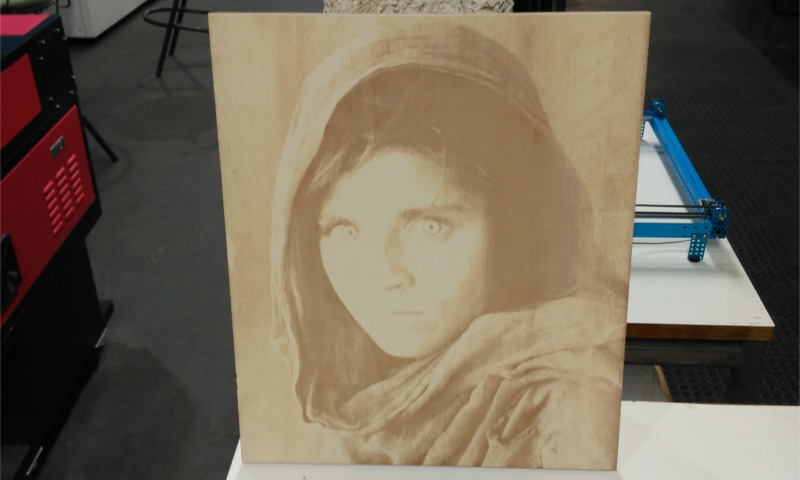Retrato grabado con láser